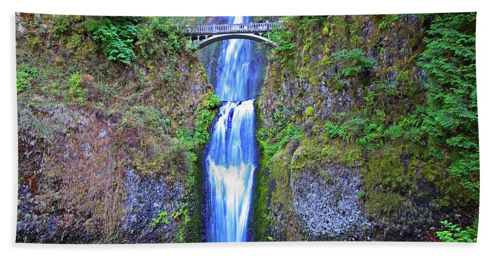 Waterfalls Beach Towel featuring the photograph Multnomah Falls by Peter Tellone