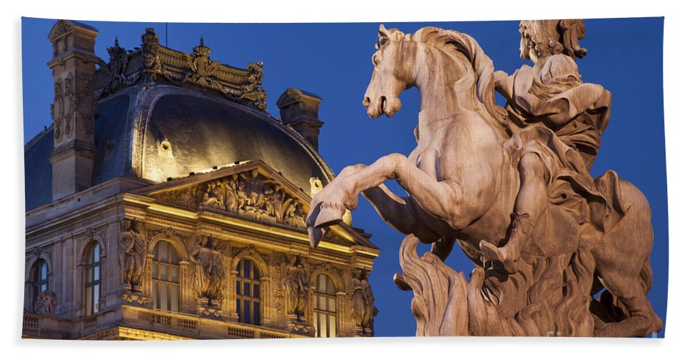 Architectural Beach Towel featuring the photograph Musee Du Louvre by Brian Jannsen