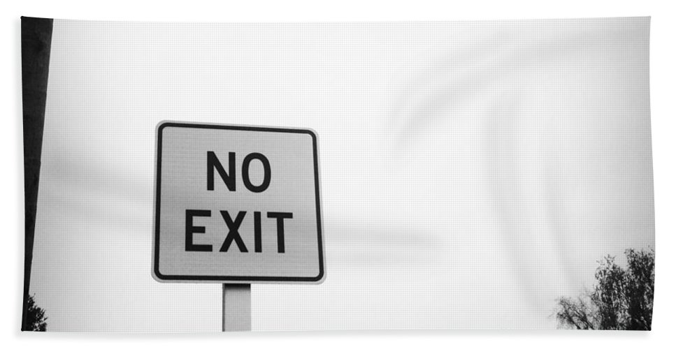 No Exit Beach Towel featuring the photograph No Exit by Les Cunliffe