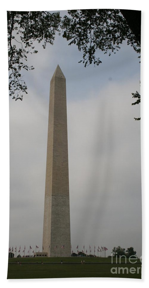 Obelisk Beach Towel featuring the photograph Obelisk - Washington Dc by Christiane Schulze Art And Photography