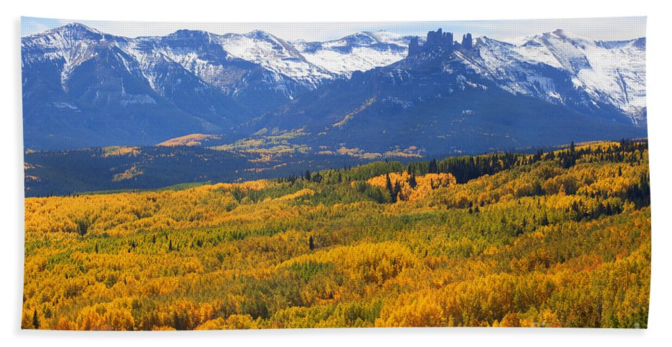 Autumn Colors Beach Towel featuring the photograph Ohio Pass by Jim Garrison
