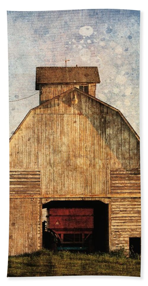 Rural Beach Towel featuring the digital art Old Farm Building by Cassie Peters