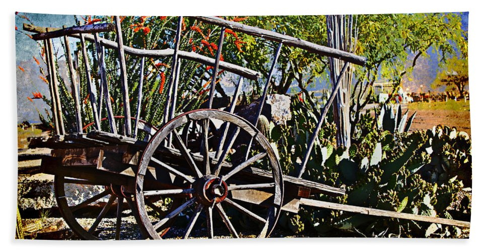 Wagon Beach Towel featuring the photograph Old Hay Wagon by Phyllis Denton
