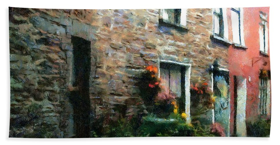 Doors Beach Towel featuring the painting Old Pinchpenny Lane by RC DeWinter
