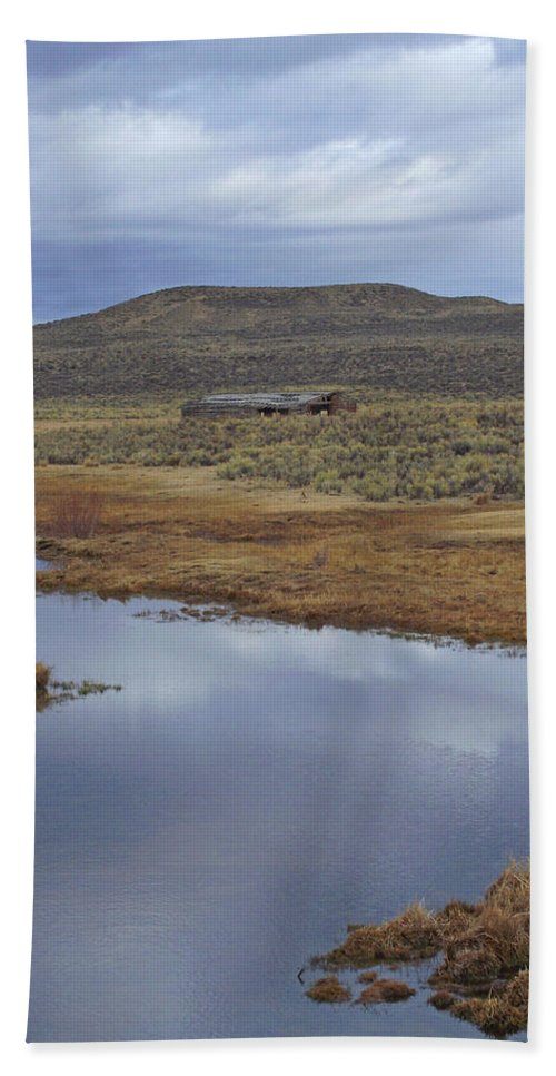 Old Beach Towel featuring the photograph Old Range Barn by Mike and Sharon Mathews