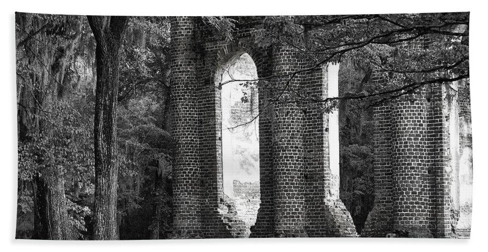Old Sheldon Church Beach Towel featuring the photograph Old Sheldon Church Side View by Scott Hansen
