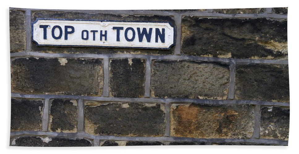 Street Beach Towel featuring the photograph Old Street Sign by Gillian Singleton