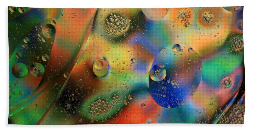 Oil Beach Towel featuring the photograph Olej I Woda 1 by Joe Kozlowski