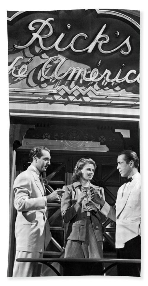 1942 Beach Towel featuring the photograph On The Casablanca Set by Underwood Archives