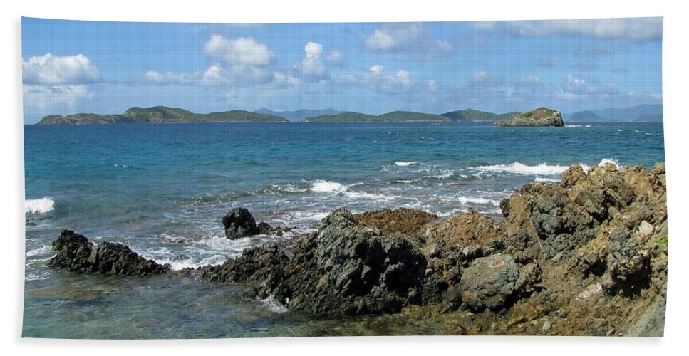 Sapphire Beach Beach Towel featuring the photograph On The Rocks 03 by Pamela Critchlow