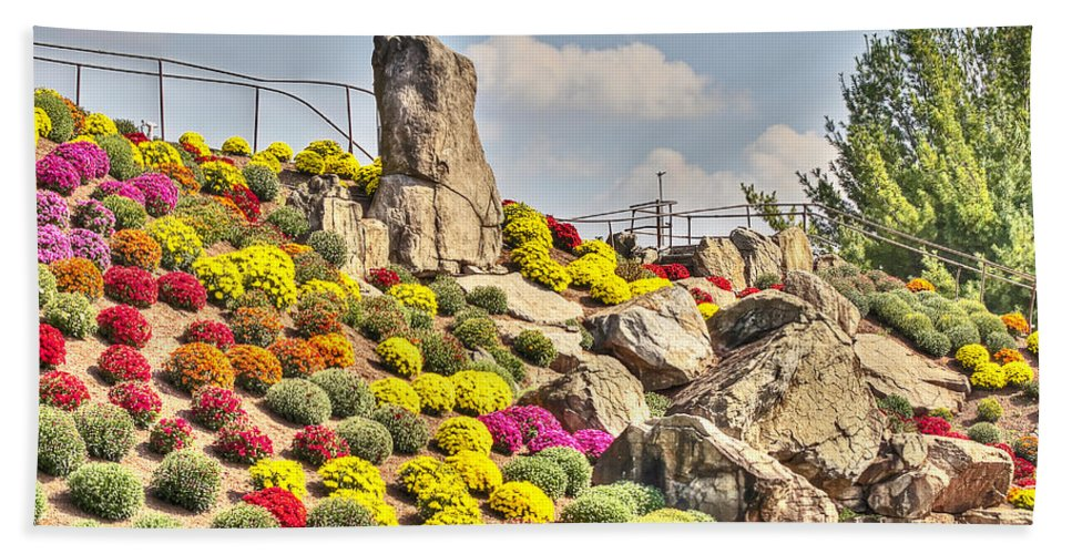 Otts Beach Towel featuring the photograph Ott's Greenhouse - Schwenksville - Pa by Mother Nature