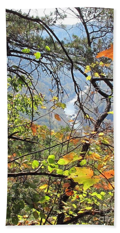 New River Gorge Beach Towel featuring the photograph Overlooking The Gorge by Sandy McIntire