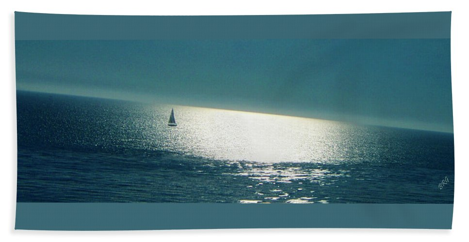 Waterscape Beach Towel featuring the photograph Pacific by Ben and Raisa Gertsberg