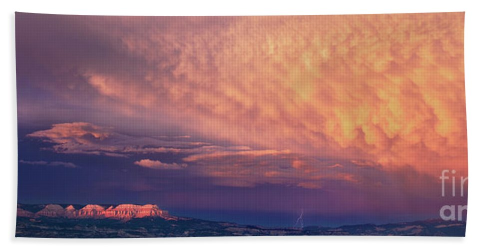 North America Beach Towel featuring the photograph Panorama Lightning Paunsaugunt Plateau Near Bryce Canyon Np by Dave Welling
