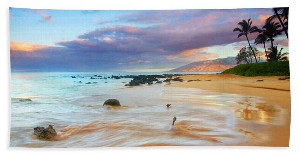 Sunrise Beach Towel featuring the photograph Paradise Dawn by Mike Dawson