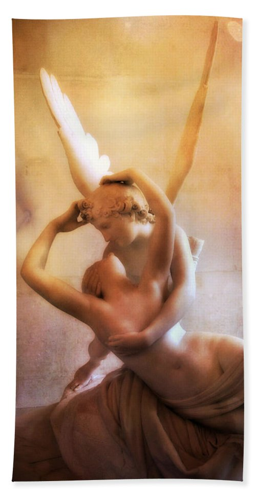 Eros And Psyche Angel Art Beach Towel featuring the photograph Paris Eros And Psyche Louvre Museum- Musee Du Louvre Angel Sculpture - Paris Angel Art Sculptures by Kathy Fornal