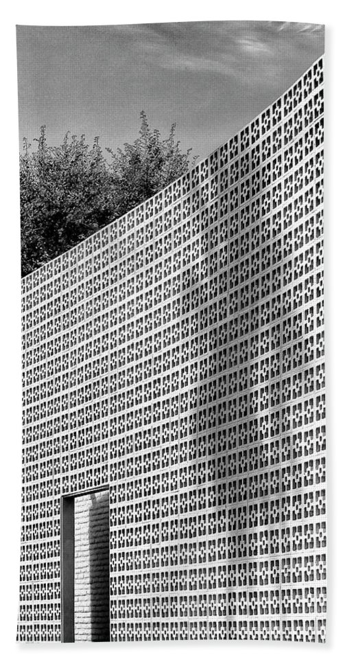 Palm Springs Beach Towel featuring the photograph Parker Shadow Palm Springs by William Dey