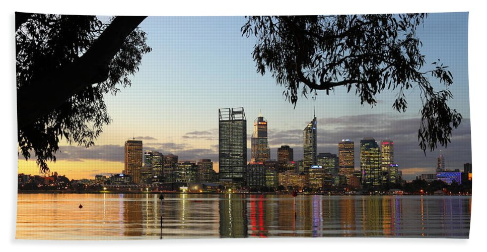 Perth Beach Towel featuring the photograph Perth 2am-110873 by Andrew McInnes