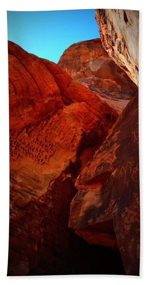 Valley Of Fire Beach Towel featuring the photograph Petroglyphs Valley Of Fire Nevada by Katy Hawk