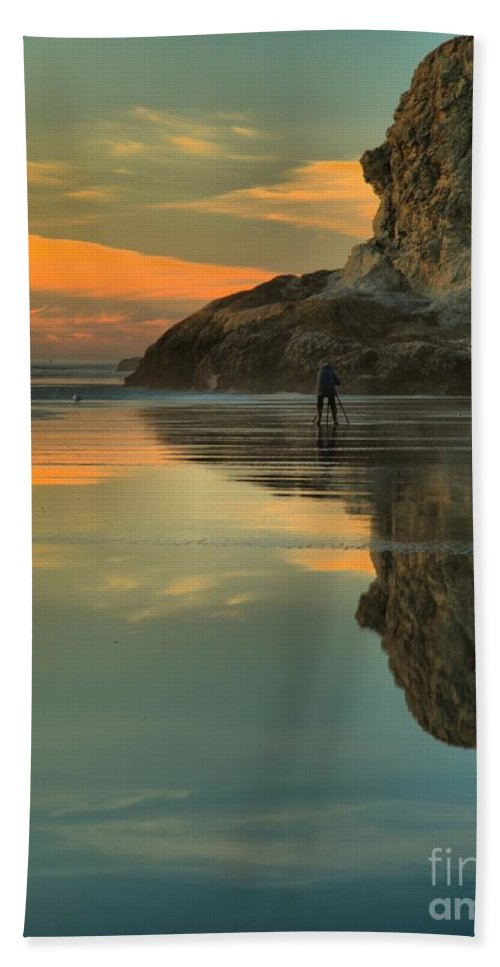 Bandon Beach Beach Towel featuring the photograph Photographing The Giant by Adam Jewell