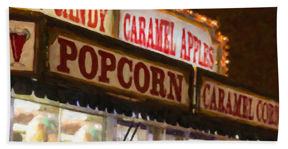 Food Beach Towel featuring the photograph Popcorn by Janice Pariza