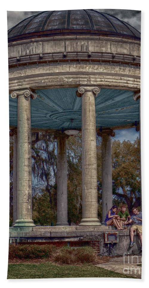 Columns Beach Towel featuring the photograph Popps Bandstand In City Park Nola by Kathleen K Parker