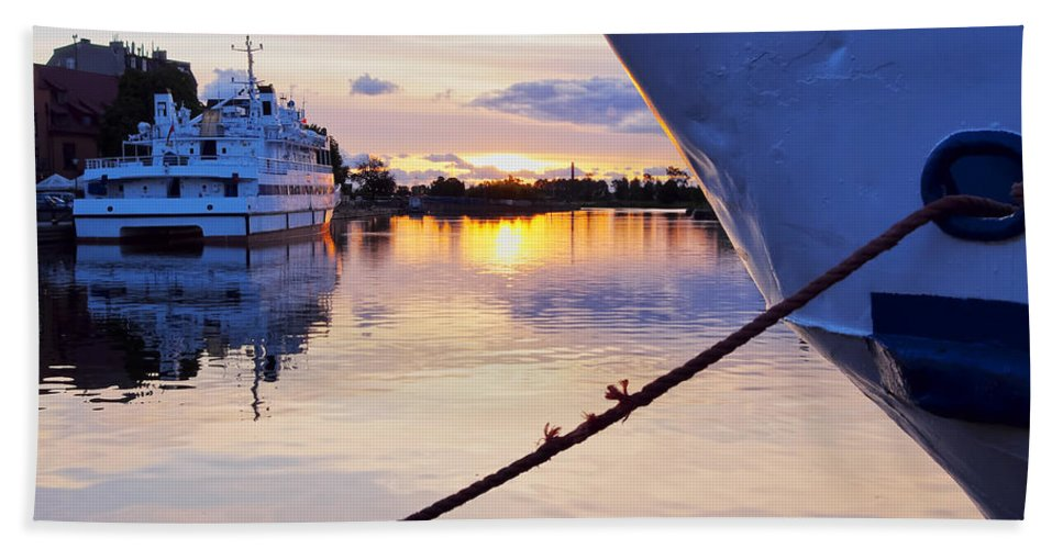 Harbor Beach Towel featuring the photograph Port Sunrise by Karol Kozlowski