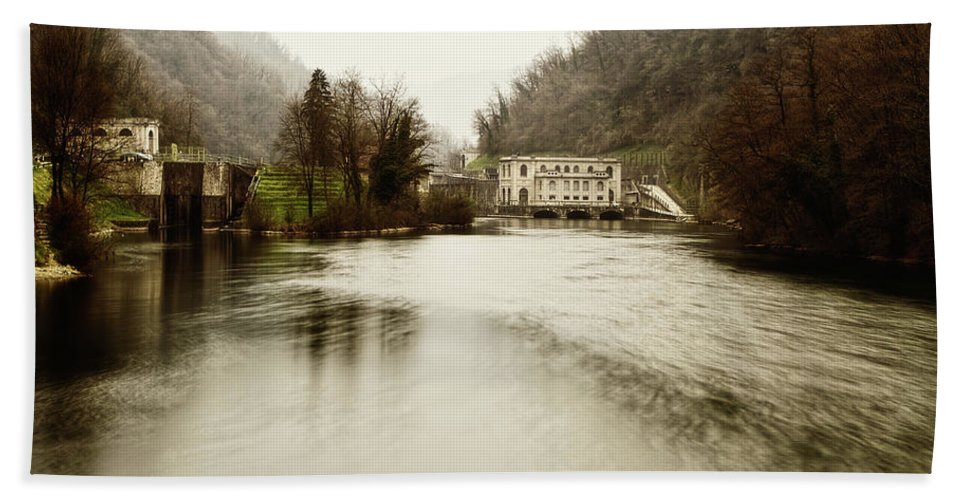 Adda Beach Towel featuring the photograph Power Plant On River by Roberto Pagani