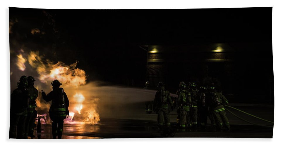 Extinguish Beach Towel featuring the photograph Pushing In by Sennie Pierson
