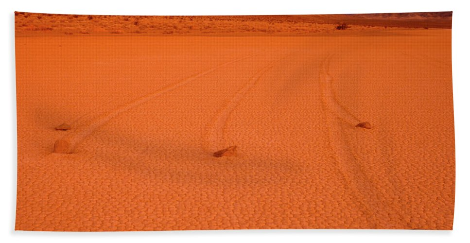 National Park Beach Towel featuring the photograph Racetrack Valley Death Valley National Park by Ed Riche