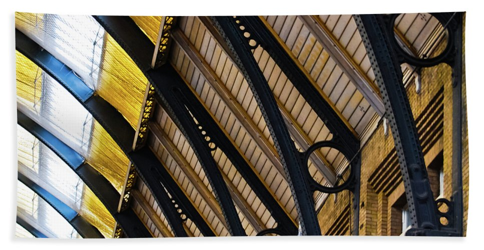 Britain Beach Towel featuring the photograph Rafters At London Kings Cross by Christi Kraft