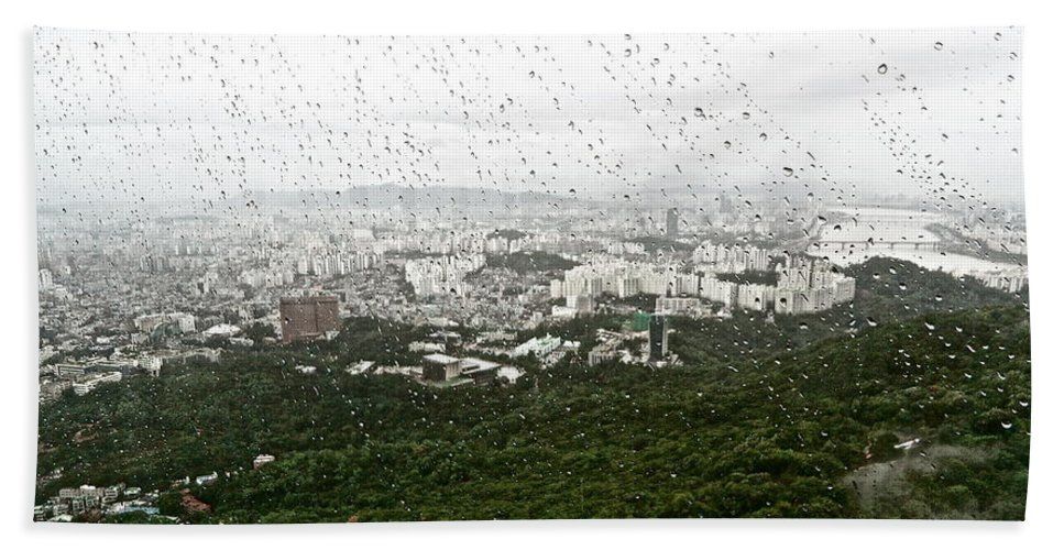 Landscape Beach Towel featuring the photograph Rainy Day In Seoul by Kume Bryant