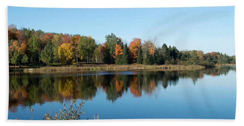 Upper Peninsula Beach Towel featuring the photograph Reflected Color by Linda Kerkau