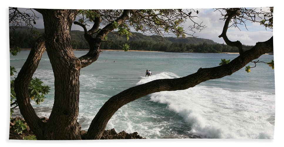 Hawaii Beach Towel featuring the photograph Riding The Waves by Eric Swan
