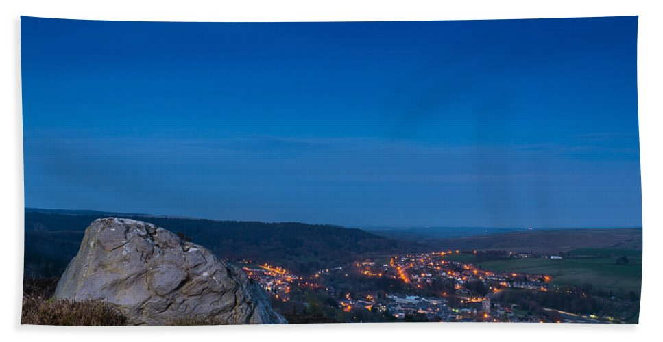 Northumberland Beach Towel featuring the photograph Rothbury Town At Dusk by David Head