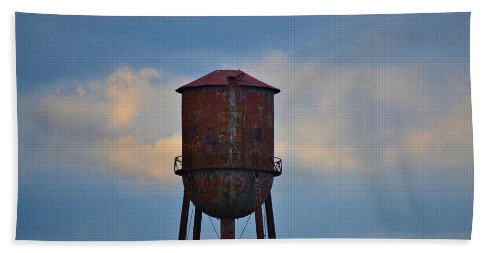 Tower Beach Towel featuring the photograph Rusty Watertower by Tara Potts