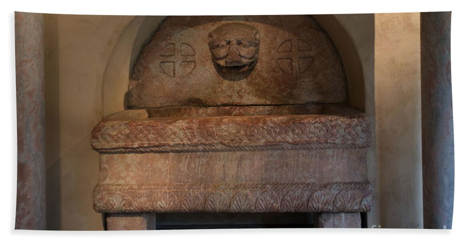 Church Beach Towel featuring the digital art Sculpture At The Cloisters by Carol Ailles
