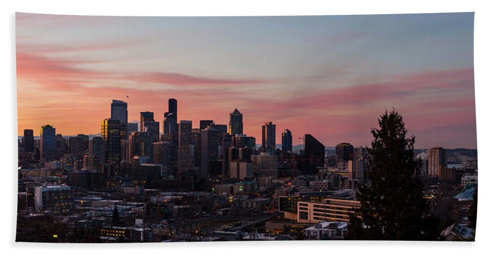 Seattle Beach Towel featuring the photograph Seattle Cityscape Sunrise by Mike Reid