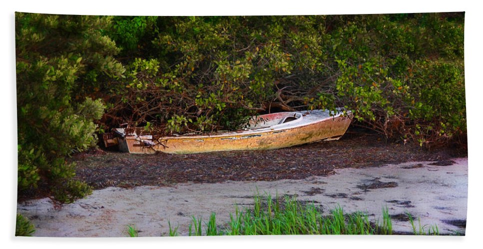 Crystal Beach Towel featuring the photograph Shipwreck by Bill Cannon