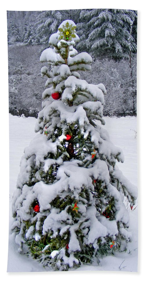 Winter Beach Towel featuring the photograph Snow On Christmas Tree 2 by Duane McCullough