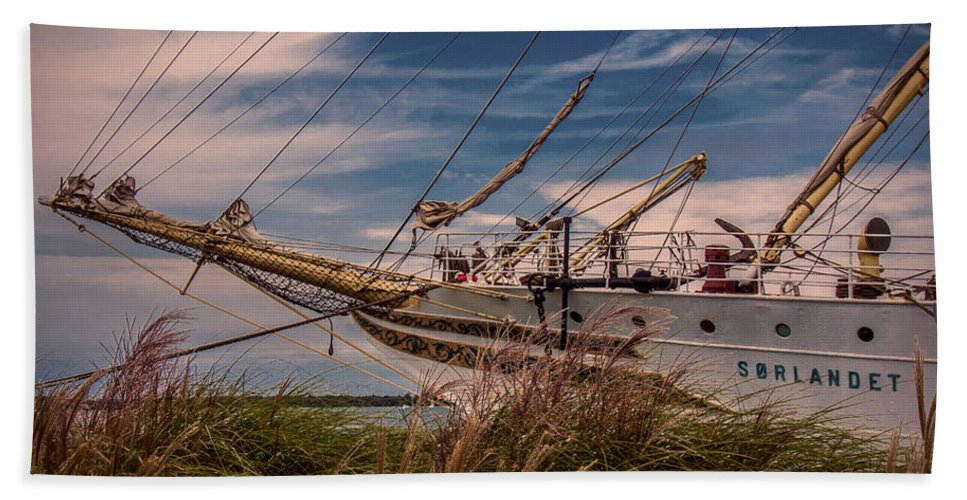 Boats Beach Towel featuring the photograph Sorlandet 5 by Kathryn Strick