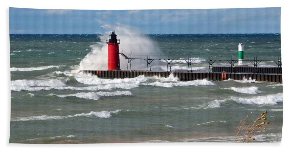 Lighthouse Beach Towel featuring the photograph South Haven Splash by Ann Horn