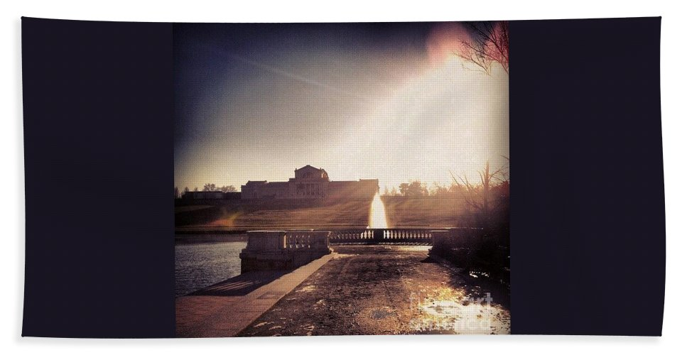 St. Louis Art Museum Beach Towel featuring the photograph St. Louis Art Museum At Grand Basin by Genevieve Esson