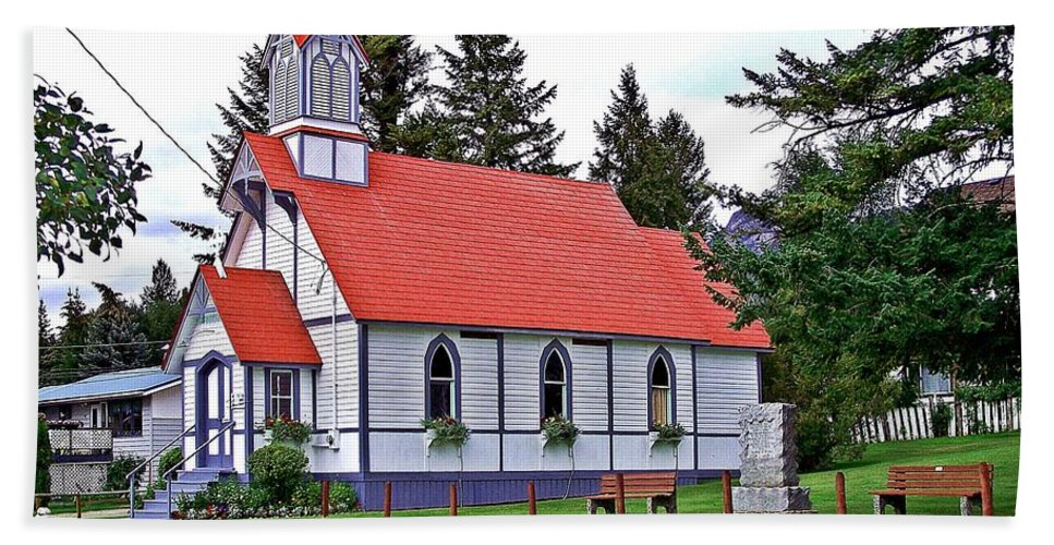 Church Beach Towel featuring the photograph St Peters Anglican Church by Christian Mattison