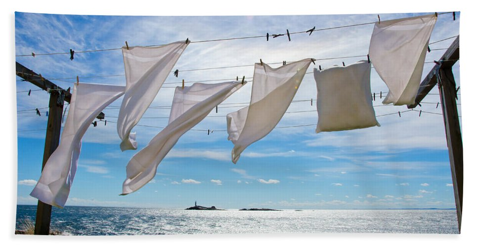 Star Island Beach Towel featuring the photograph Star Island Clothesline by Donna Doherty