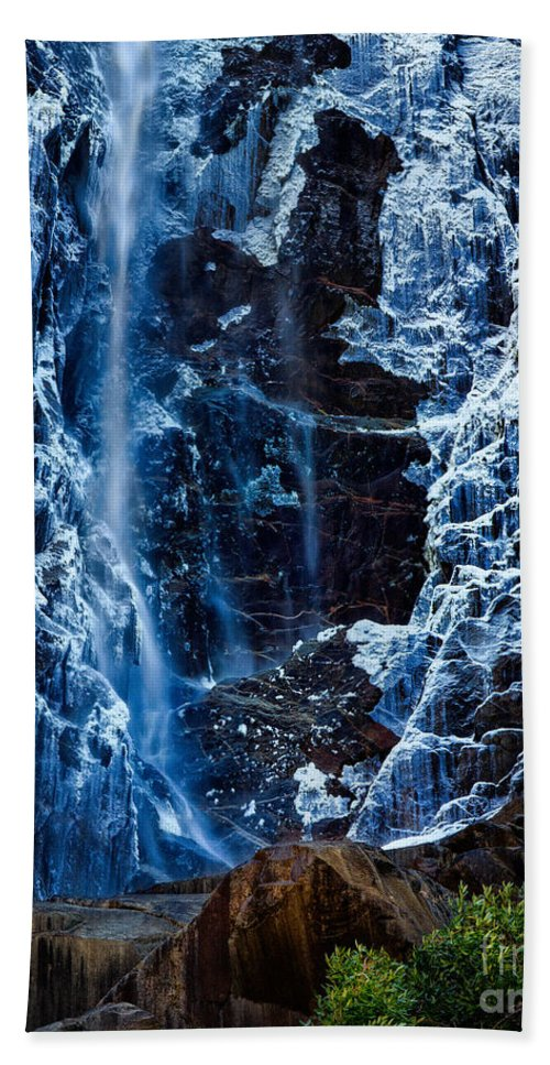 Yosemite Beach Towel featuring the photograph Start Of Spring Bridalvail Fall by Anthony Bonafede