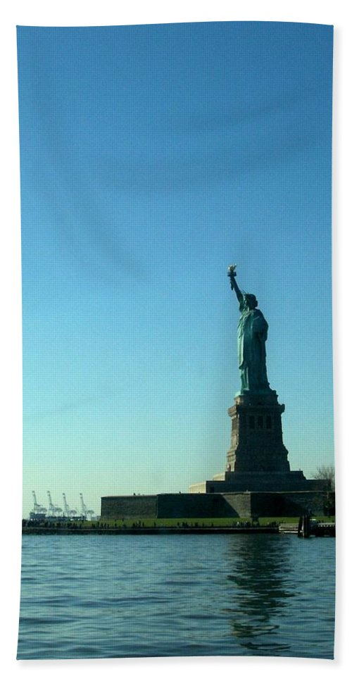 Statue Of Liberty Beach Towel featuring the photograph Statue Of Liberty by Katie Beougher