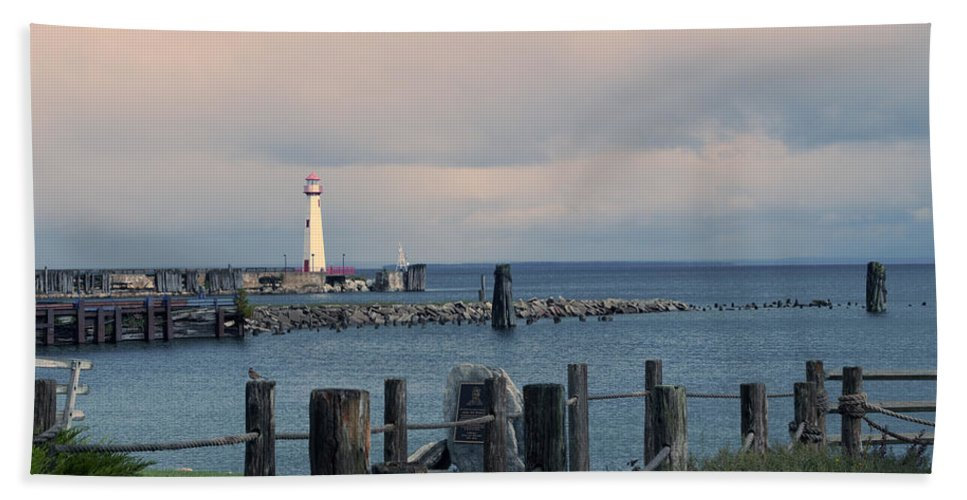 St. Ignace Lighthouse Beach Towel featuring the photograph Storm Coming by Linda Kerkau