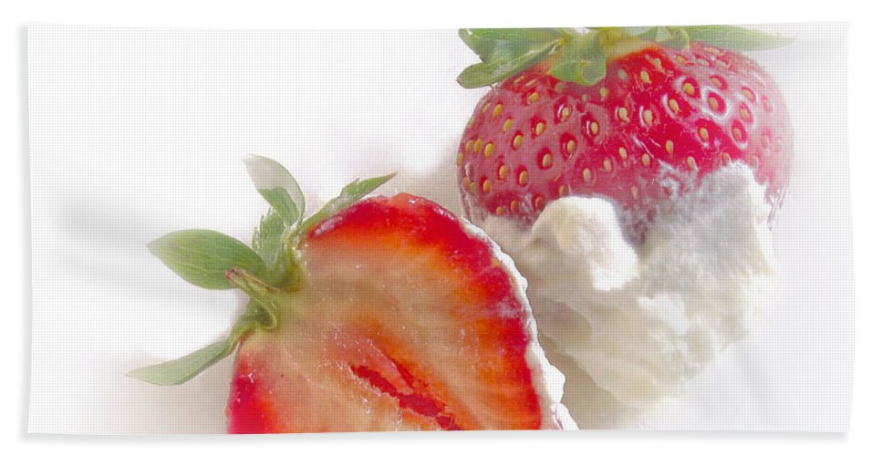Strawberry Beach Towel featuring the photograph Strawberries And Cream by David and Carol Kelly
