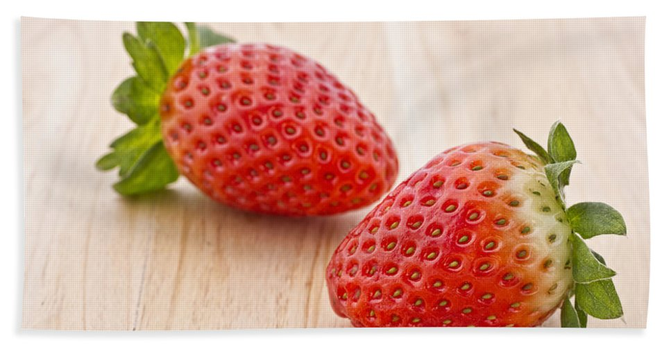 Juicy Beach Towel featuring the photograph Strawberry by Paulo Goncalves
